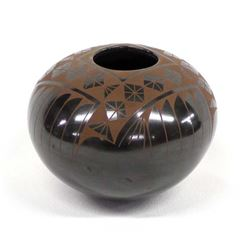 Mata Ortiz Brown on Black Pottery Jar by Dominguez