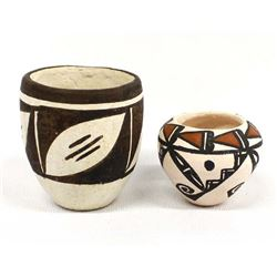 2 Native American Acoma Miniature Pottery Pots