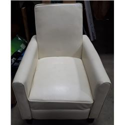 WHITE RECLINING CHAIR