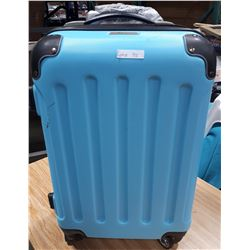 LIGHT BLUE BOVANO SUITCASE ON WHEELS