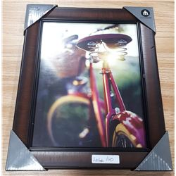 "HOMETRENDS 8"" X 10"" PICTURE FRAME"