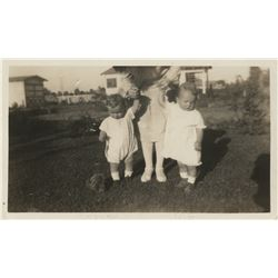 "Marilyn Monroe inscribed personal childhood photograph, ""Mother with Lester and me…"""