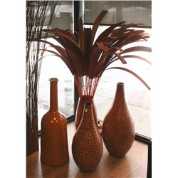 SET OF 5 DECORATIVE VASES AND STICKS