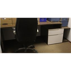 WOOD GRAIN STYLE OFFICE DESK WITH FILING CABINET