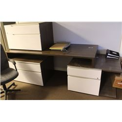 WOOD GRAIN STYLE OFFICE DESK W/ 2 FILING CABINETS
