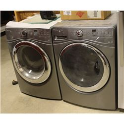 SHOWHOME WHIRLPOOL DUET STEAM MATCHING WASHER AND