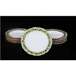 Meissen Gilt Garland of Grapes Porcelain set of 11 plates