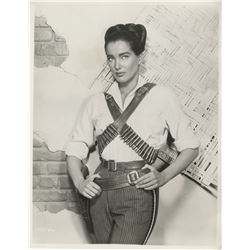 Julie Adams (18) portrait and behind-the-scenes photographs.