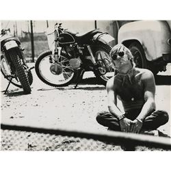Robert Redford (13) photographs from Little Fauss and Big Halsey by Alan Pappé.