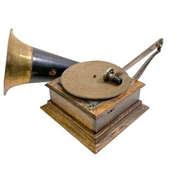 Victor Type P Phonograph Player