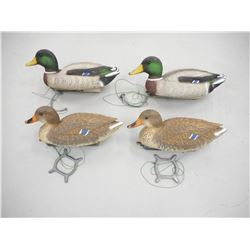 PLASTIC DUCK DECOYS