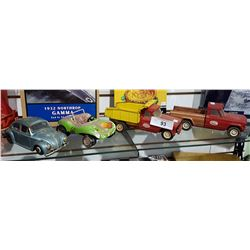 4 VINTAGE TOY VEHICLES