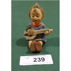VINTAGE GOEBEL W. GERMANY FIGURINE