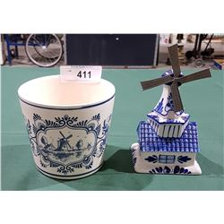 DELFT PLANTER AND WINDMILL COINBANK