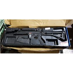 G&G ARMAMENT AIR SOFT GUN IN BOX