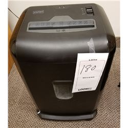 STAPLES DOCUMENT SHREDDER