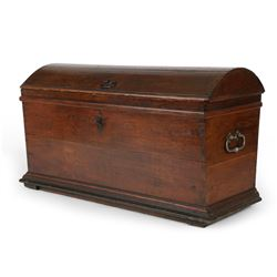 Dome Top English Chest