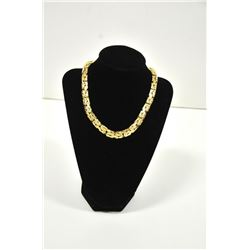 18PD-5 GOLD NECKLACE