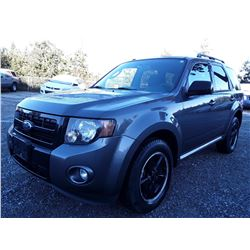 K2 --  2012 Ford Escape XLT , Grey , 93003  KM's