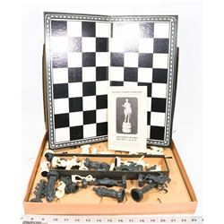 CLASSIC GAMES COMPANY COLLECTORS SERIES CHESS