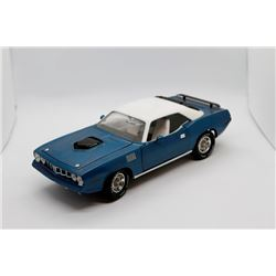 1971 Hemi 'Cuda 1:18 scale Has Box