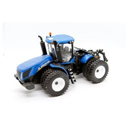 New Holland T9.450 Prestige Collection 1:32 Has Box