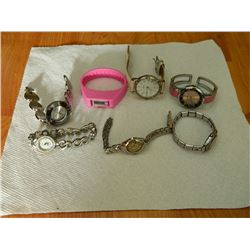 BAG OF ASSORTED WATCHES