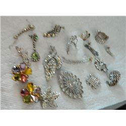 BAG - ASSORTED RHINESTONE JEWELRY