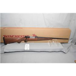 """Winchester Model M70 Featherweight .270 Win Cal Bolt Action Rifle w/ 22"""" bbl [ Appears as new in ori"""