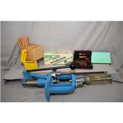 Box Lot : Dillon Model RL 450 Press - RCBS Model 1010 Scale in orig box - Two Lee Loaders - Lube Pad
