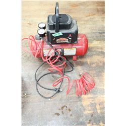 Job Mate Compressor w/Air Hose & Chuck ** Must Pick Up