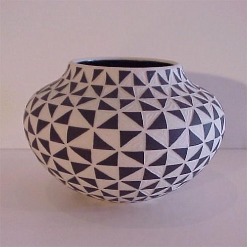 Leslie Thompson Raku Ceramic