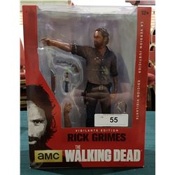 "THE WALKING DEAD 10"" RICK GRIMES DELUXE ACTION FIGURE"