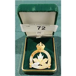 VINTAGE ROYAL CANADIAN ARMY CADETS BADGE