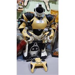 LARGE WOWWEE ROBOT WITH CONTROLLER