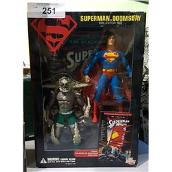 NEW IN BOX SUPERMAN VS. DOOMSDAY COLLECTOR SET
