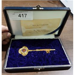 CITY OF YOKOHAMA KEY TO THE CITY IN PRESENTATION CASE