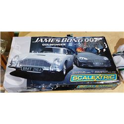 JAMES BOND 007 COLD FINGER, CASINO ROYALE SCALEXTRIC SLOT CAR TRACK IN ORIGINAL BOX