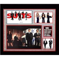 Suits (U.S. TV series) Autographed Photo By 5