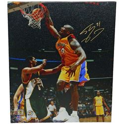 Shaquille O'Neal Signed Los Angeles Lakers One Hand Dunk 20x24 Canvas