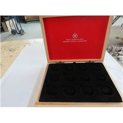 ROYAL CANADIAN MINT COLLECTOR MAPLE WOOD BOX