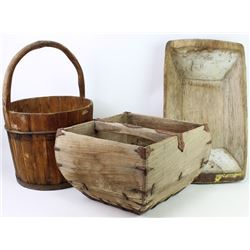 Collection of 3 wood primitives includes