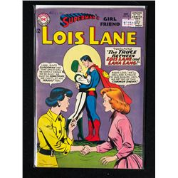 SUPERMAN'S GIRLFRIEND NO. 52 ( DC COMICS)