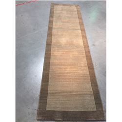 SOLID TWO TONE DESIGN HAND MADE & CARVED WOOL RUNNER 3x9