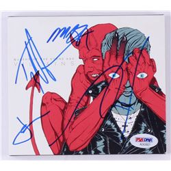 """Queens of the Stone Age """"Villains"""" CD Album Band Signed by (4) Josh Homme, Michael Shuman, Jon Theod"""