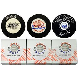 Schwartz Sports Hockey Hall of Famer Signed Logo Hockey Puck Mystery Box - Series 2 (Limited to 100)