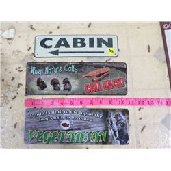 3 SIGNS - CABIN, WHEN NATURE CALLS, VEGETARIAN