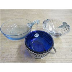 3 DISHES 1 BLUE TINTED, 1 SILVER TINTED, 1W/STAND