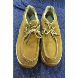 MEN'S PERRY ELLIS AMERICA SUEDE STYLE SHOES