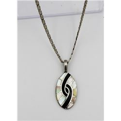 .925 NECKLACE WITH ABALONE SHELL PENDANT STERLING SILVER NECKLACE WITH ABALONE SHELL PENDANT ON A 21